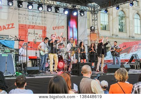 St. Petersburg, Russia - 2 July, Musicians clap your hands on the open stage, 2 July, 2016. Annual international festival of jazz and blues in St. Petersburg.