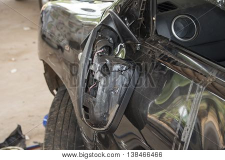 side view mirror has broken from accident
