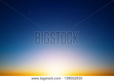 Sun shining on horizon