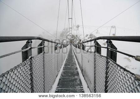 Gigantic suspension bridge attraction (140m) on the Stubnerkogel Hintertux