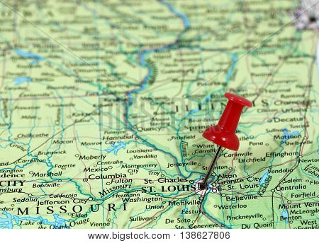 Map with pin point of Saint Louise in Missouri, USA