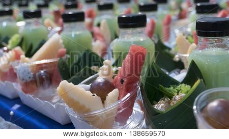 Mix Fruit, Vegetable Drink And Tapioca Balls With Pork Filling