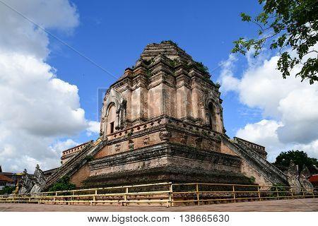 Wat chedi luang Landmark of Chiangmai Thailand