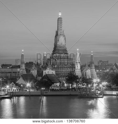 Black and White, Arun temple riverfront, Bangkok Thailand Landmark
