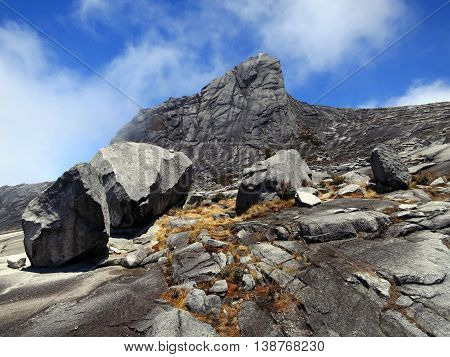 Climbing mount Kinabalu in Kinabalu national park. Kota kinabalu - Malasia.