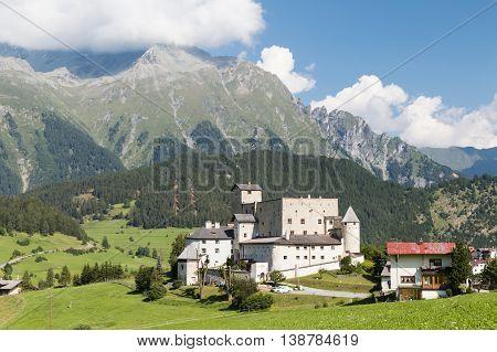 Castle Naudersberg, Austria