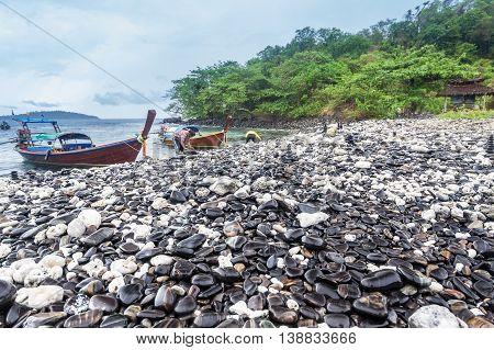 Holiday in Thailand - Beautiful island of Black Rock Ko Hin Ngam, Koh Lipe