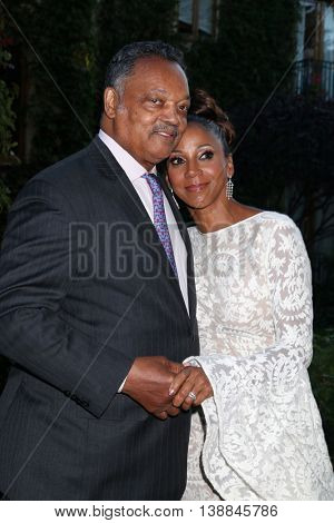 LOS ANGELES - JUL 16:  Jessie Jackson, Holly Robinson Peete at the HollyRod Presents 18th Annual DesignCare at the Sugar Ray Leonard's Estate on July 16, 2016 in Pacific Palisades, CA