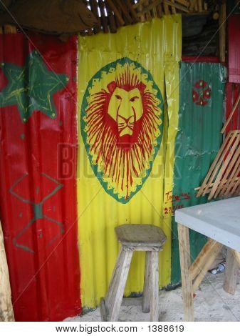 Painting on a rasta bar