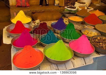 The Market In India. Powder Paint For The Occasion.