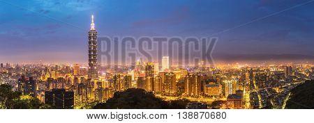 Panorama Taipei skyline Taiwan at dusk.