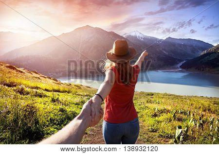 Follow Me To Mountain Lake