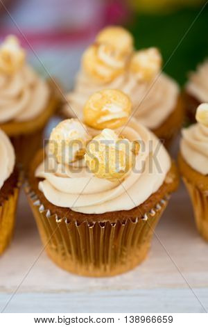 Close Up Popcorn Butterscotch Cupcakes