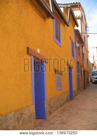 Anento. Zaragoza. Pueblo con encanto, considerado en la red de los más bellos de España. Calles y casas de estilo Medieval.