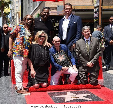 LOS ANGELES - JUL 15:  Pitbull aka Armando Christian Perez, Lil Jon, Luther Campbell & Tony Robbins arrives to the Walk of Fame honors Pitbull on July 15, 2016 in Hollywood, CA