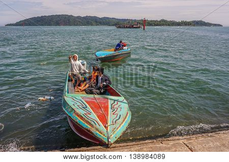 Kota Kinabalu,Malaysia-June 24,2016:Speedboat waiting for customer in the Kota Kinabalu jetty to Gaya island on 24th June 2016.Gaya island is the largest island in the Tunku Abdul Rahman National Park