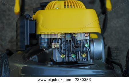 Lawn Mower Engine2