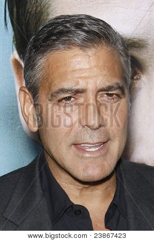 LOS ANGELES - SEPT 27:  George Clooney arriving at  the