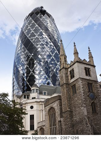 Swiss Re Building the Gherkin
