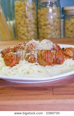 Meat Balls And Spagetti