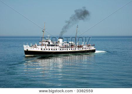 Steamship Mv Balmoral At Llandudno 01
