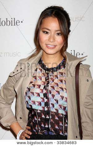 LOS ANGELES - NOV 16:  Jamie Chung arrives at the Google Music Launch at Mr. Brainwash Studio on November 16, 2011 in Los Angeles, CA