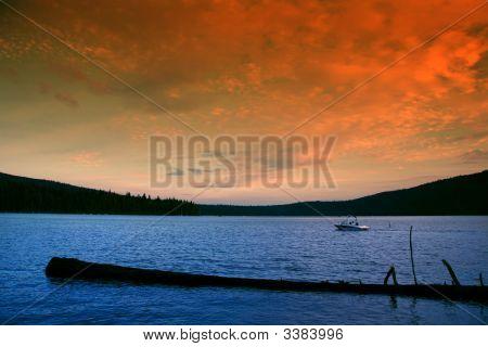 Passeios de barco ao pôr do sol