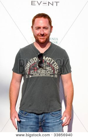 LOS ANGELES - JUN 9:  Scott Grimes arriving at