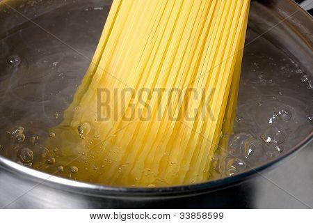 Spaghetti Boiled