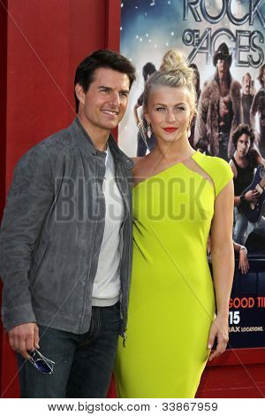 LOS ANGELES - JUN 8:  Tom Cruise, Julianne Hough arriving at