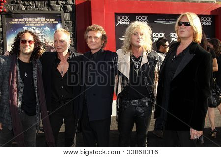 LOS ANGELES - JUN 8:  Def Leppard arriving at