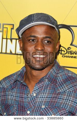 LOS ANGELES - JUN 5:  Wayne Brady arriving at the Premiere Of Disney Channel's .