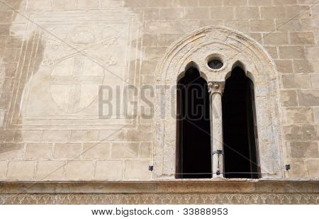 Renaissance window