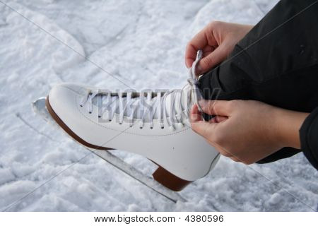 Tying Laces On Figure Skates