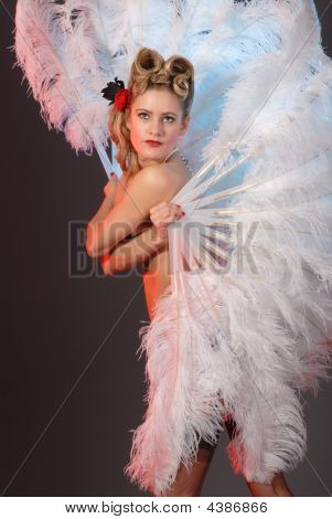 burlesken Künstler mit Ostrich Feather fan
