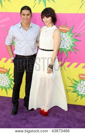 LOS ANGELES - MAR 23:  BooBoo Stewart, Fivel Stewart arrive at Nickelodeon's 26th Annual Kids' Choice Awards at the USC Galen Center on March 23, 2013 in Los Angeles, CA