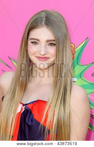 LOS ANGELES - MAR 23:  Willow Shields arrives at Nickelodeon's 26th Annual Kids' Choice Awards at the USC Galen Center on March 23, 2013 in Los Angeles, CA