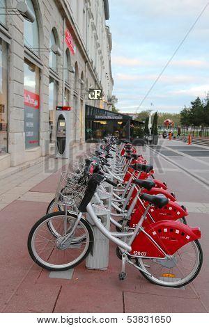 Velo'v bicycle sharing station in Lyon