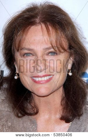 LOS ANGELES - NOV 8:  Jacqueline Bisset at the YWCA Greater Los Angeles Annual Rhapsody Ball at Beverly Hills Hotel on November 8, 2013 in Beverly Hills, CA