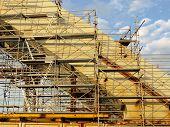 pic of trestle bridge  - bridge under construction - JPG