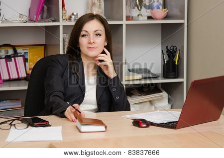 Head Girl At Desk In The Office