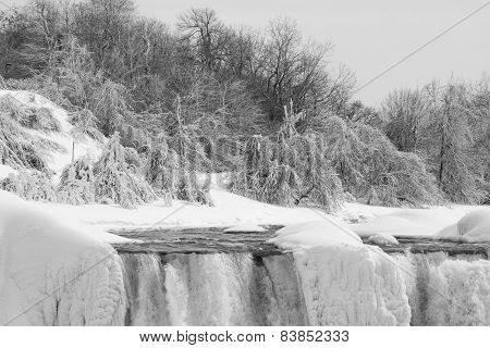 American Falls In Winter, In Black And White
