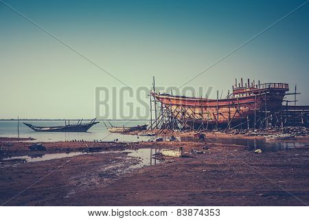 Old iranian shipyard