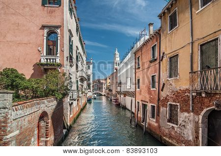 Venetian Canal Rio De La Pleto. View Of Sant Antonin. Old Walls With Balcony