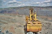 picture of iron ore  - Excavator on the iron ore opencast mining site - JPG