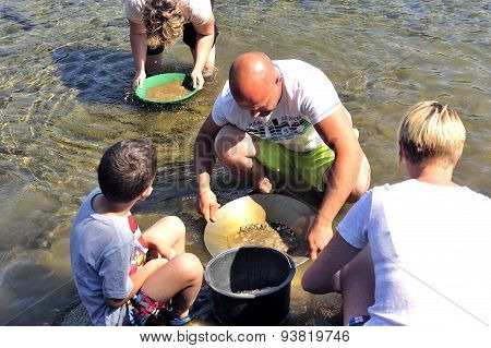 Gold Prospectors Of All Ages On The Banks Of The Gardon River