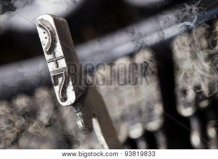 7 Hammer - Old Manual Typewriter - Mystery Smoke