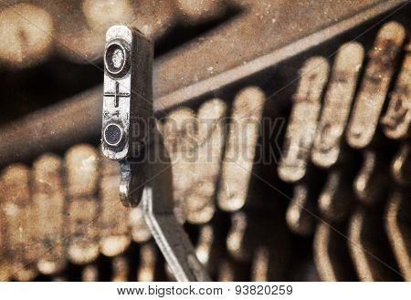 O Hammer - Old Manual Typewriter - Warm Filter