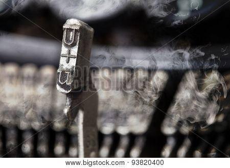 U Hammer - Old Manual Typewriter - Mystery Smoke