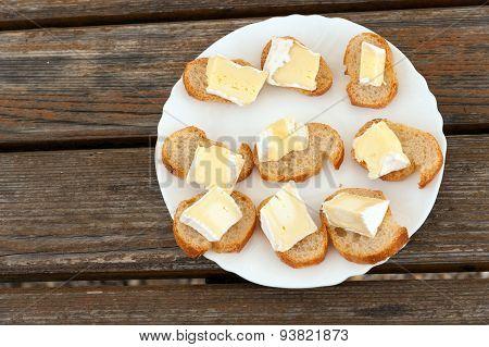 Camembert plate
